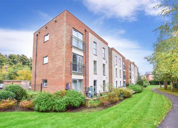 Thumbnail 2 bed flat for sale in Medway Road, Tunbridge Wells, Kent