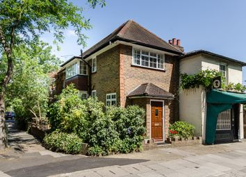 Thumbnail 2 bedroom cottage to rent in Richmond Road, Twickenham