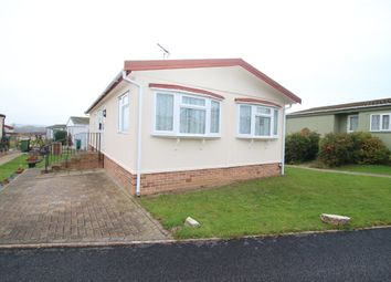 Thumbnail 2 bed mobile/park home for sale in Tower Park, Pooles Lane, Hullbridge