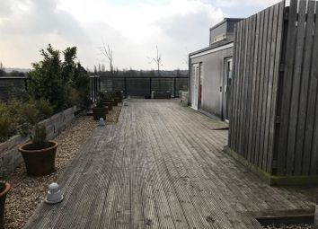 2 bed property for sale in Maxwell Road, Borehamwood WD6