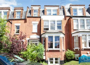 Colney Hatch Lane, Muswell Hill, London N10. 2 bed flat