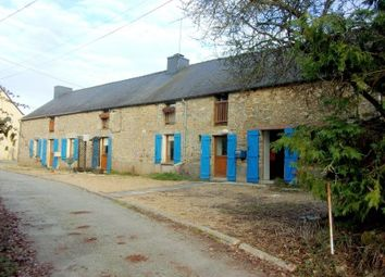Thumbnail 6 bed property for sale in St-Vincent-Sur-Oust, Morbihan, France