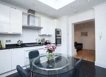 Thumbnail 4 bed terraced house to rent in Barnsbury Road, Islington, London