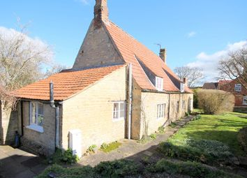 Thumbnail 4 bed cottage to rent in High Street, Castle Bytham, Grantham