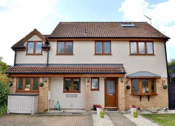 Thumbnail 5 bed detached house for sale in Gibbs Field, Bishop's Stortford