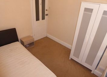 Thumbnail 1 bed property to rent in Ferndale Road, Swindon
