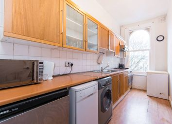 Thumbnail 1 bed flat to rent in Clapham Road, Clapham