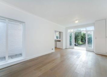 Thumbnail 2 bed flat to rent in Hurlingham Road, Parsons Green