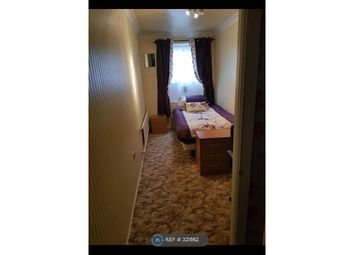 Thumbnail Room to rent in Eyrescroft, Peterborough