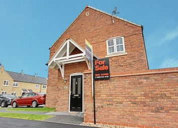 Thumbnail 1 bed flat for sale in Hamlet Drive, Kingswood, Hull