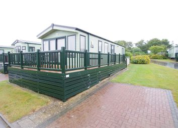 Thumbnail 2 bedroom mobile/park home for sale in Moor Lane, Croyde, Braunton