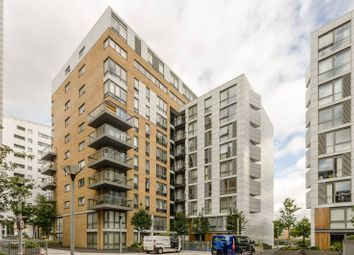 Thumbnail 3 bed flat to rent in Dowells Street, Greenwich, London