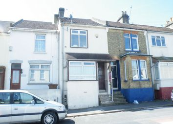 3 bed terraced house to rent in Glencoe Road, Chatham ME4