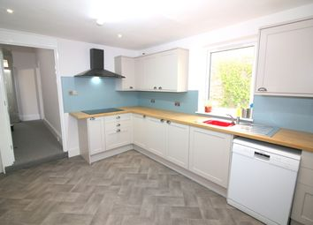 4 bed terraced house to rent in Pentyre Terrace, Plymouth PL4