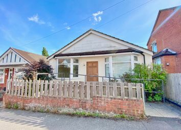 2 bed detached bungalow for sale in Kitchener Road, Portswood, Southampton SO17