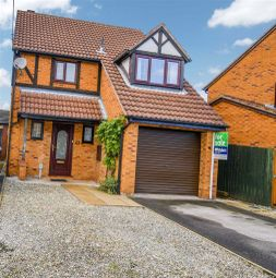 3 bed detached house for sale in Wisteria Way, Howdale Road, Hull, East Yorkshire HU8
