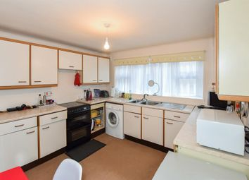 Thumbnail 2 bedroom flat for sale in Glyn Court, Archers Road, Southampton