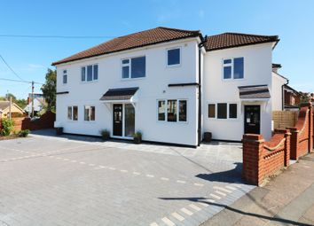 2 bed maisonette for sale in Cavell Road, Billericay, Essex CM11