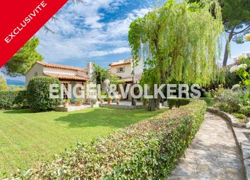 Thumbnail 6 bed property for sale in Antibes, France