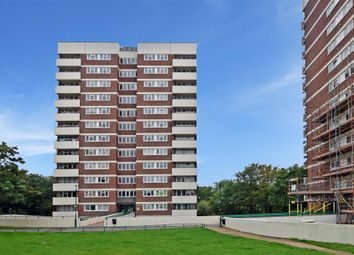 Thumbnail Flat for sale in Sunrise Avenue, Hornchurch, Essex