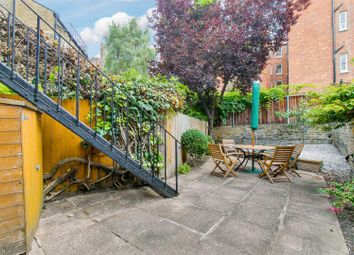 Thumbnail 2 bed flat to rent in Auriol Road, London