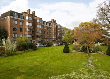 Thumbnail 3 bedroom flat to rent in Glenalmond House, Manor Fields, London
