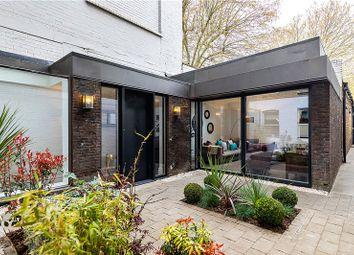 Kennington Road, Kennington, London SE11. 3 bed terraced house for sale
