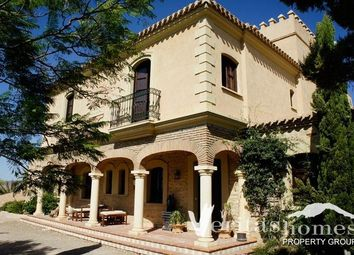 Thumbnail 5 bed villa for sale in Vera, Almeria, Spain
