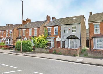Thumbnail 5 bed semi-detached house to rent in Goldington Road, Bedford