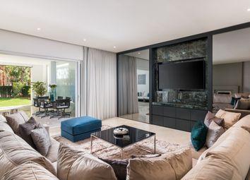 Thumbnail Apartment for sale in Puente Romano, Nueva Andalucia, Costa Del Sol, Andalusia, Spain