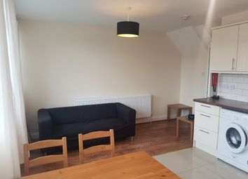 Thumbnail 4 bedroom flat to rent in Olney Road (Available September 2017), Kennington