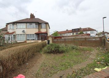 Thumbnail 5 bedroom terraced house to rent in Cedar Avenue, Enfield