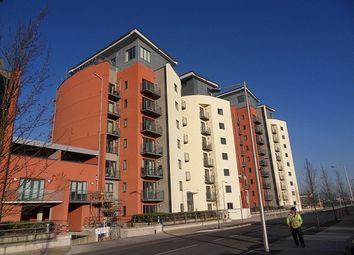Thumbnail 1 bed flat to rent in South Quay, Kings Road, Swansea.