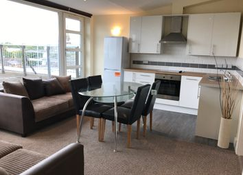 3 bed flat to rent in Wilmslow Road, Fallowfield M14