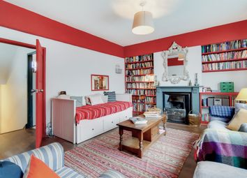 Coldharbour Lane, London SW9. 3 bed flat for sale