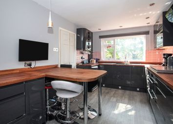 Thumbnail 3 bed terraced house for sale in Spoondell, Dunstable