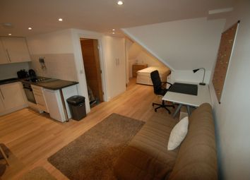 Thumbnail Studio to rent in Flat 2, Park Road, Hendon