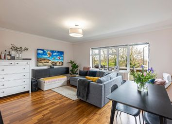 Shepherds Hill, London N6. 2 bed flat for sale