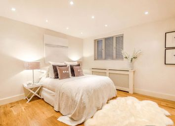 Thumbnail 4 bedroom flat for sale in Vine Hill, Clerkenwell, London