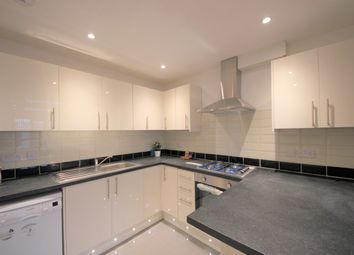 Thumbnail 2 bedroom flat to rent in Broomgrove Gardens, Edgware