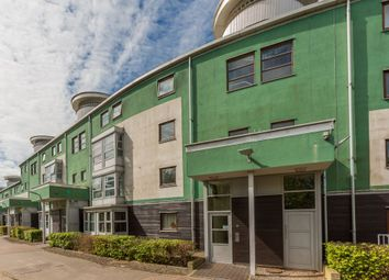 Thumbnail 2 bed flat for sale in 9/5 Slateford Green, Edinburgh