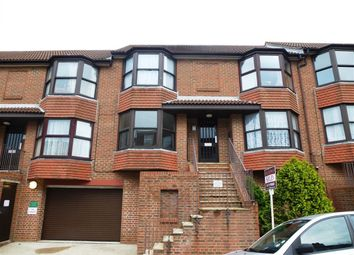 Thumbnail 1 bed flat to rent in Bonchurch Road, Brighton, East Sussex