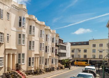 Thumbnail 2 bedroom flat to rent in Lansdowne Street, Hove, East Sussex