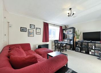 2 bed maisonette for sale in Victory Way, London SE16