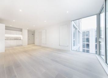 Thumbnail 1 bed flat to rent in Flagship House, 18 Royal Crest Avenue, Royal Wharf, London