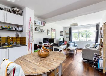 2 bed flat to rent in Talfourd Road, London SE15