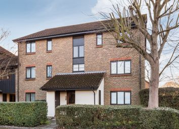 Thumbnail 2 bed flat to rent in Rickwood, Horley