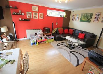 Thumbnail 2 bedroom flat for sale in Josephine Court, Reading