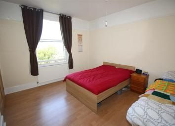 Thumbnail 1 bed flat to rent in Cromwell Road, Basingstoke
