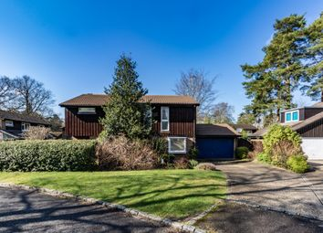 Towers Drive, Crowthorne, Berkshire RG45. 4 bed detached house